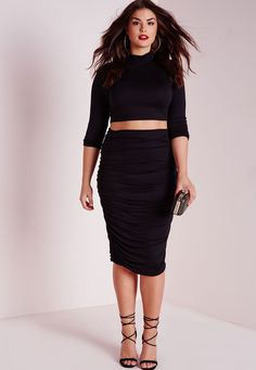 Missguided - Plus Size Roll Neck Long Sleeve Crop Top Black