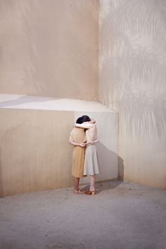 Architecture Meets Perfect Colour Palettes in June Kim & Michelle Cho's Captivating Images. Dreamy Photography, Editorial Photography, Art Photography, Fashion Photography, Narrative Photography, Minimalist Photography, Pink Beige, Blush Pink, Taupe