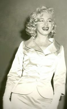 Monroe washington boobs