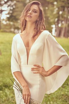 Lillian West - Style Fit and Flare Crepe Dress with Bias Belt Detail Lillian West, Fashion Now, Trendy Fashion, Fit And Flare, Bridal Gowns, Wedding Gowns, Fall Wedding, Wedding Dresses Brisbane, Justin Alexander
