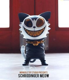 Schrodinger Meow resin art multiple from Monkole Toy Studios!!! #cat #DesignerToyArtToy #MonkoleToyStudios #Resin #SpankyStokes