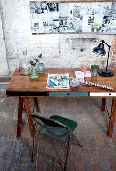 Great desk.