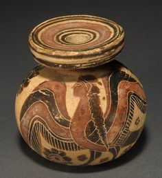 an essay on ancient greek pottery Greek pottery, the pottery of the ancient greeks, important both for the intrinsic  beauty of its forms and decoration and for the light it sheds on the development of .