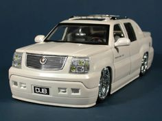 2002 Cadillac Escalade EXT diecast model car scale from Dub City Jada Toys - Pearl White Escalade Ext, Cadillac Escalade, Custom Trucks, Custom Cars, Dropped Trucks, Chevy Avalanche, Pink Cadillac, Jada Toys, Luxury Suv
