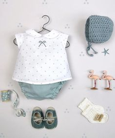 Hermosas siempre las propuestas de @letilusilababy Beautiful❤️❤️ •••Si te gusta déjanos un ... Baby Girl Dress Patterns, Little Girl Dresses, Baby Kind, My Baby Girl, Baby Girl Fashion, Kids Fashion, Baby Sewing, Doll Clothes, Kids Outfits