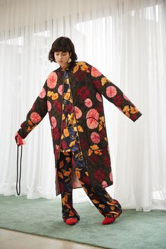 Mother of Pearl Floral Fashion, Sustainable Clothing, Aw17, Contemporary Fashion, Creative Director, Kimono Top, Floral Prints, Women Wear, London