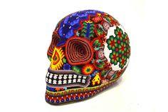 """Cráneo Huichol Gde """"Chamanes""""-Artesanía Wixarika, hecha por artesanos de Jalisco. #ArteMexicano #Artehuichol #ArtesaníaHuichol #Artesanía #ArtesaníaMexicana #Huicholes #Huichol #ArtesaníaWixarika #Wixarika #Calavera #Cráneo #ColorAzul #Azul #Cuentas #Chaquira #EstiloMexicano #Venta #Sale #MadeinMexico #HechoenMéxico #HechoaMano #HandMade #Mexico #DF #Jalisco #CDMX #Nayarit #SanLuisPotosí"""