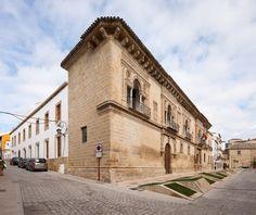 Ayuntamiento en Baeza. Rehabilitación de las casas consistoriales. Jaén -de Viar, Iñigo