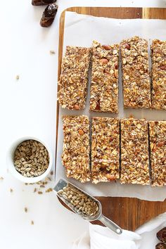 AMAZING super seedy granola bars! Naturally sweetened #vegan and #glutenfree and SO delicious. Perfect for snacking or taking on road trips!