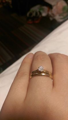 love the wedding band bands with solitaire Plain Gold Wedding Bands, Wedding Ring Bands, Wedding Bands Couples, Plain Gold Ring, Engagement Rings Couple, Couple Rings, Jewelry Rings, Jewelery, Gold Ring Designs