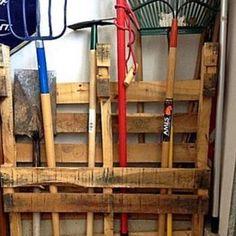 Shipping Pallet Organizer
