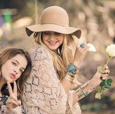 Barbara Palvin & Gigi Hadid