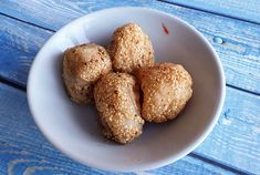 A simple Asian snack made with just 3 ingredients, deep-fried sesame balls are both vegan as well as gluten-free Vegan Gluten Free, Gluten Free Recipes, Asian Snacks, Food 101, Balls Recipe, 3 Ingredients, Asian Recipes, Deep, Breakfast