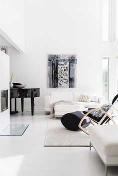 Exterior Paint Looks Like Stucco House Paint Exterior, Exterior Design, Interior And Exterior, Modern Wall, Modern Decor, White Interior Design, House Inside, Scandinavian Design, Living Room Decor