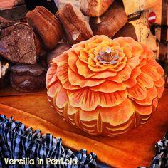 Adoro l'autunno. Adoro le fiere autunnali. Adoro l'enogastronomia locale. Dire che amo San Martino a Pietrasanta diventa quindi pleonastico: un microcosmo di eccellenze stagionali e non…