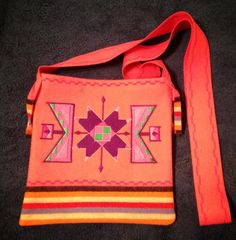 Crossover bags Cross Bags, Jingle Dress, Native Wears, Sew Bags, Ribbon Skirts, Crossover Bags, Diy Purse, Sewing Appliques, Ribbon Work