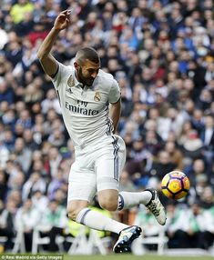 Zidane said players such as Karim Benzema 'need a little affection' from the fans