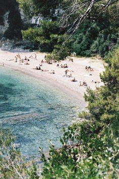 Weekday Wanderlust: Saint-Jean-Cap-Ferrat :: This Is Glamorous Provence, Cancun Hotels, Beach Hotels, Beach Resorts, Riviera Beach, Beach Trip, Beach Travel, Hawaii Beach, Oahu Hawaii