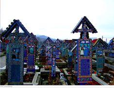 Cementerio alegre de Sapanta en Rumanía. Reservas en: www.viajesexcelencia.com