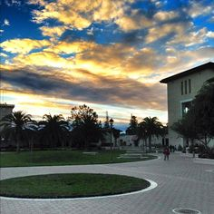 Sunsets over SCU are gorgeous, especially when the clouds are out. Photo credit goes to Instagram user, @Justin Matoi.