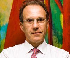 Dr. Carlos Fernando Rosenkrantz Carlos Rosenkrantz, un abogado, profesor de Derecho de Buenos Aires y ex asesor presidencial, hace historia al convertirse en el primer juez judío del Tribunal Supre…