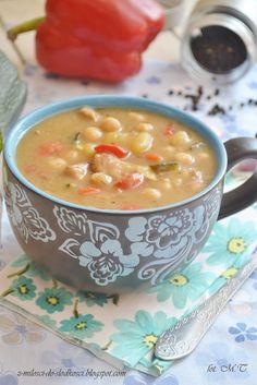 Zupa gulaszowa z soczewicą Soups And Stews, Cheeseburger Chowder, Food Photography, Eat, Bon Appetit, Poland