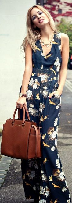 Adorable sleeveless floral maxi dress