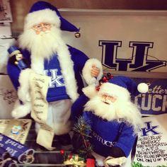 tourhendersonkyEven Santa's a fan! #UK #kentucky #wildcats (At Third Street House in Henderson Ky)