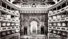 Panoramica con il proscenio del Teatro Eretenio, foto Studio Ferrini, fine anni '30. Scopri di più: http://salutidavicenza.it/teatro-eretenio/