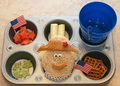 Presidents Day lunch-cute! I would SO do this if my kids were still little or I was teaching preschool.