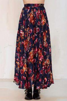 dark romance /// floral maxi skirt////