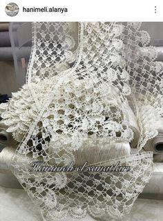 Miniature crochet round doily cm by MiniGio Crochet Motifs, Crochet Borders, Crochet Doilies, Crochet Lace, Crochet Patterns, Beau Crochet, Cotton Crochet, Irish Crochet, Lace Runner