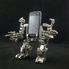 Mechwarrior cellphone holder