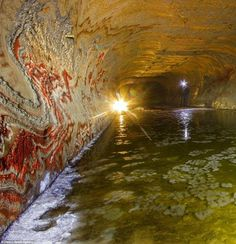"""opticallyaroused: """"Jaw dropping acid: The psychadelic walls inside the abandoned salt mine in Yekaterinburg, Russia more than 650 feet under the surface """" Psychedelic Pattern, Fertilizer For Plants, Under The Surface, Russian Culture, Amazing Nature, Places To See, Landscape, Pictures, Abandoned"""