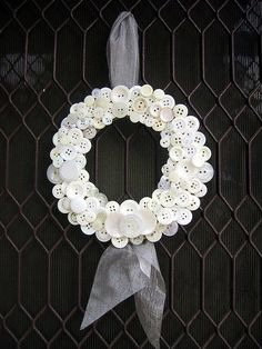 white button wreath