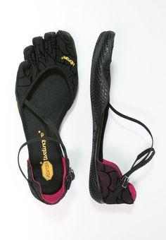 Vibram Fivefingers VI-S - Laufschuh Natural running - black - Zalando. Cute Shoes Flats, Funny Shoes, Up Shoes, Me Too Shoes, Shoe Boots, Shoes Sandals, Pilates, Finger Shoes, Slippers