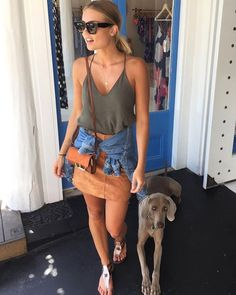 The model struck a pose as she showcased her enviable gym-honed frame in the skimpy swimwear. Summer Fashion Trends, Spring Summer Fashion, Style Summer, Fashion Ideas, Elyse Knowles, Cool Style, My Style, Going Out Outfits, Weekend Wear