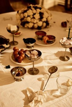 Last week, the Los Angeles-based jewelry designer Sophie Buhai hosted an intimate dinner in Paris that featured food installations, lounging — and even a try-on-clothing session.