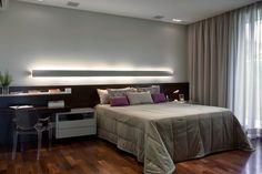 Residência Vera Damy (Casa Vale do Sol 1) / Andrea Murao #suite #quarto #bedroom #lighting