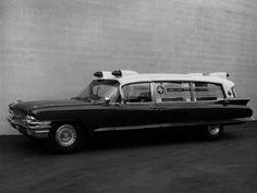 1962 Superior-Cadillac Ambulance (62-68 6890)