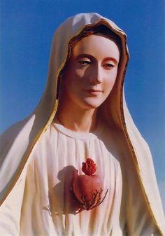 Aparición que habla de la Apostasía y la Tribulación: Nuestra Señora de Belpasso, Italia  11 de mayo http://forosdelavirgen.org/71/nuestra-senora-de-belpasso-italia-11-de-mayo/