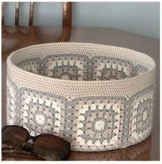 Häkelkorb - crochet for home - Crochet Motifs, Crochet Squares, Crochet Granny, Crochet Doilies, Crochet Bowl, Crochet Basket Pattern, Knit Crochet, Crochet Baskets, Crochet Decoration