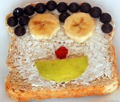 I had no idea toast could be so healthy by just adding a few things on top! Toast Toppings: 20 Ideas for a Healthy Breakfast Super Healthy Kids, Healthy Meals For Kids, Kids Meals, Healthy Snacks, Healthy Eating, Kid Snacks, School Snacks, Healthy Recipes, Breakfast Toast