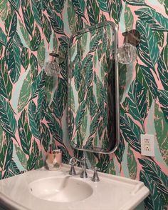 @anitameans bathroom in Scottsdale, #Arizona, Nana Pink wallpaper, Justina Blakeney for Hygge and West