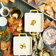 Jalapeno Queso Dip with Spiced Homemade Chips (Joy The Baker) Appetizer Dips, Yummy Appetizers, Appetizer Recipes, Party Recipes, Cuban Cuisine, Homemade Chips, Joy The Baker, Foods To Eat, Cinco De Mayo