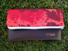 Clutch Dobra - Arara Vermelha - #edição limitada R$69.00