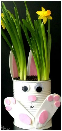 How To Make Adorable Tin Can Bunny Planters For Spring! How To Make Adorable Tin Can Bunny Planters ~ A quick and easy gardening with kids craft idea for Easter Easter Arts And Crafts, Tin Can Crafts, Spring Crafts, Holiday Crafts, Rabbit Crafts, Bunny Crafts, Recycled Crafts Kids, Diy Crafts For Kids, Quick And Easy Crafts