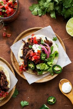 These delicious carne asada tacos are made with grilled skirt steak, avocado, cotija cheese, chopped onion and fresh cilantro. They're super flavorful steak street tacos. Grilled Steak Recipes, Grilling Recipes, Beer Recipes, Mexican Food Recipes, Real Food Recipes, Healthy Recipes, Whole30 Recipes, Flank Steak Tacos, Skirt Steak Tacos