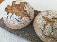 "Backen mit Christina … | Jausenweckerl ""Dinkel – Roggen"" Pampered Chef, Bread Baking, Nom Nom, Sandwiches, Bakery, Muffin, Food Porn, Spices, Food And Drink"