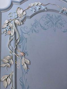 Plaster Crafts, Plaster Art, Shabby Chic Furniture, Painted Furniture, Vintage Floral Backgrounds, Baroque Decor, Bedroom False Ceiling Design, Art Nouveau Architecture, Ornaments Design